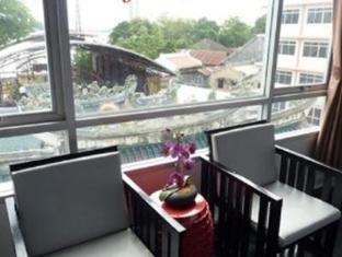 River View Guesthouse Bangkok - Balcony/Terrace