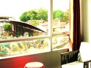 River View Guesthouse Bangkok - View