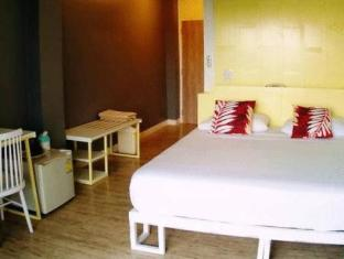 River View Guesthouse Bangkok - Guest Room