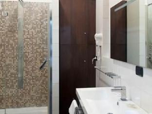 Collina Suites Rome - Bathroom