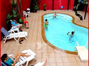 飞镖酒店 普吉岛 - 游泳池