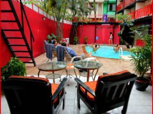 Boomerang Inn بوكيت - حمام السباحة