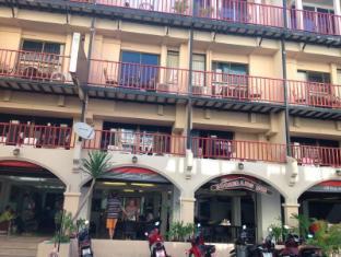 Boomerang Inn بوكيت - المظهر الخارجي للفندق