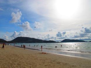 飞镖酒店 普吉岛 - 沙滩