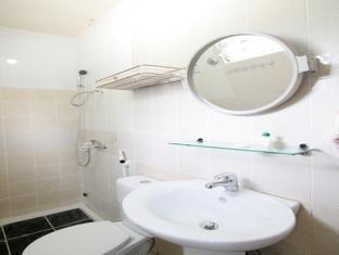 코롱 레지던스 드 로사리오 코론 - 화장실