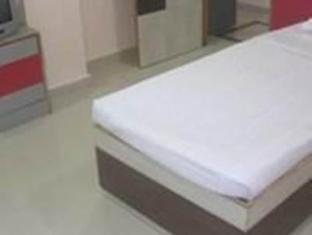Hotel Bari International Bhubaneswar - Deluxe Room