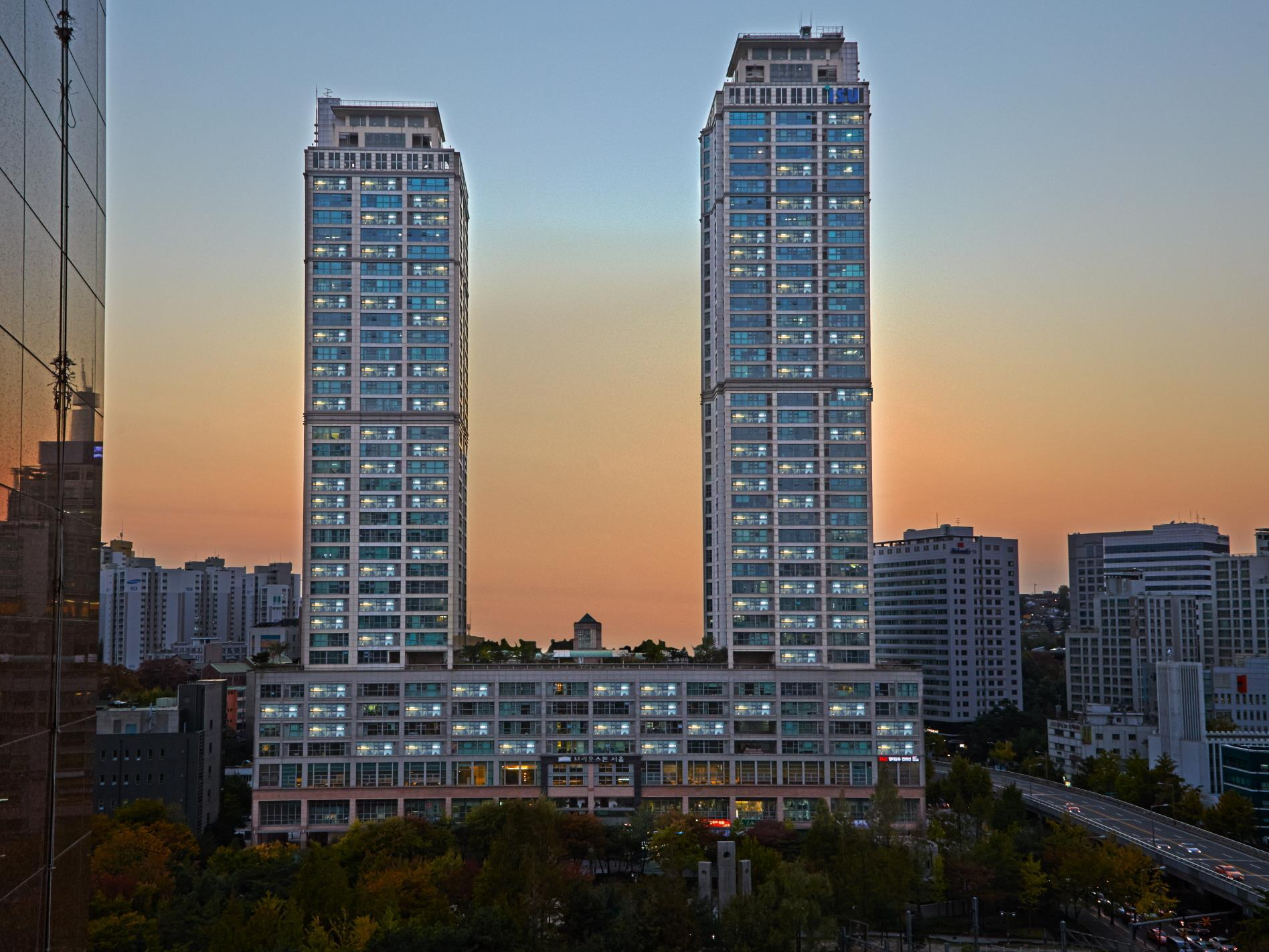 Brown Suites Residence - Hotels and Accommodation in South Korea, Asia