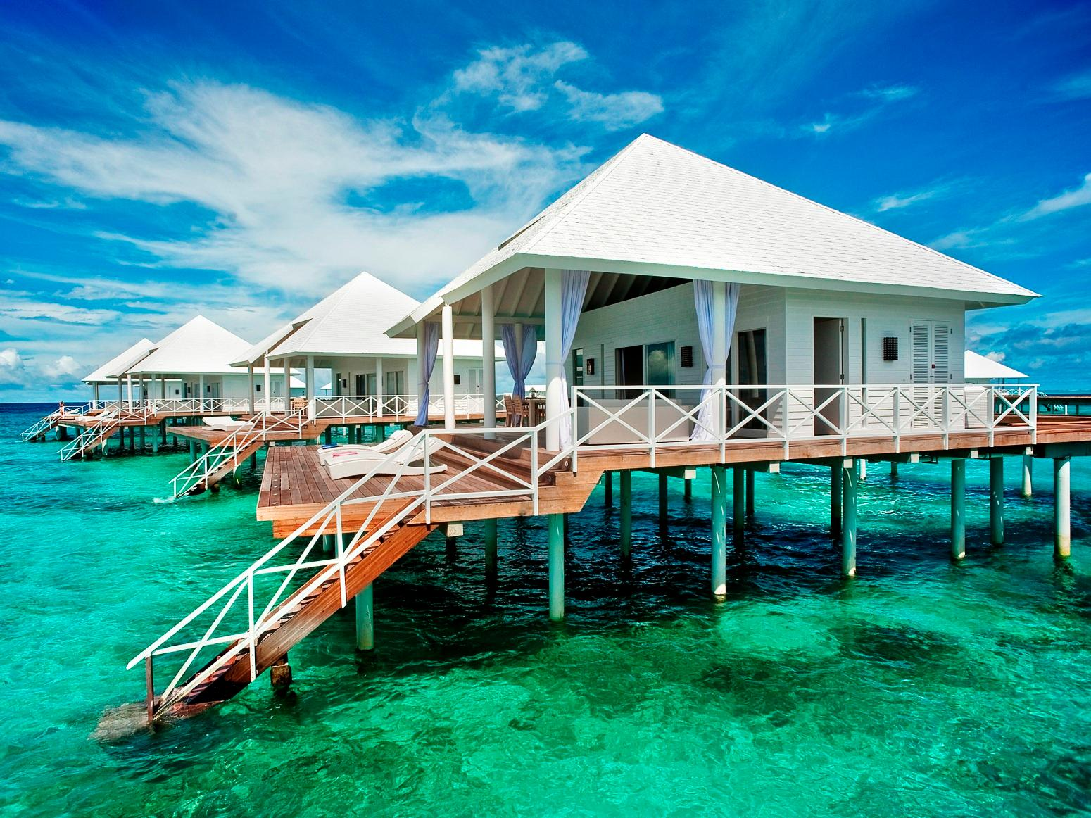 Diamonds Thudufushi Beach & Water Villas - All Inclusive