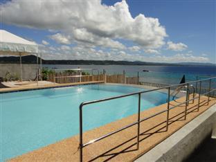 La Veranda Beach Resort & Restaurant Bohol - Swimming Pool