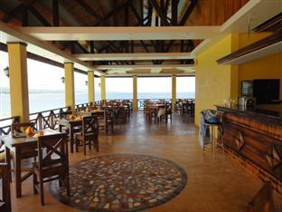 La Veranda Beach Resort & Restaurant Bohol - The Bar