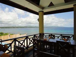 La Veranda Beach Resort & Restaurant Bohol - The Beach View