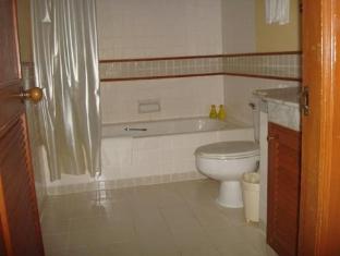 Allamanda Resort Phuket פוקט - חדר אמבטיה