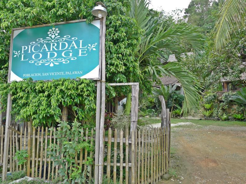 Picardal Lodge - Hotels and Accommodation in Philippines, Asia