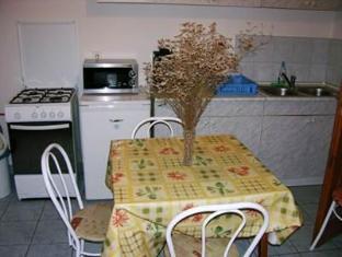 Sarga Apartman Hajduszoboszlo - Guest Room