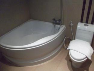 Bangkok City Hotel Bangkok - Bathroom