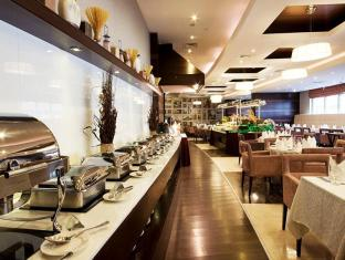 Grand Belle Vue Hotel Apartment Dubai - Food, drink and entertainment