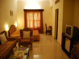 Hotel The Westend Ahmedabad - Executive Suite