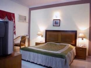 Hotel Smart Villa New Delhi and NCR - Deluxe Room