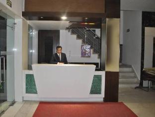 โรงแรมบาบาอินน์ นิวเดลี และ NCR - เคาน์เตอร์ต้อนรับ
