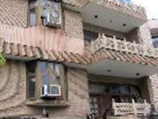 Blue Sapphire Inn New Delhi - Hotellet udefra