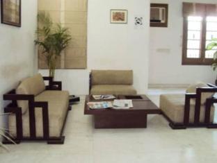 Blue Sapphire Inn New Delhi - Lobby