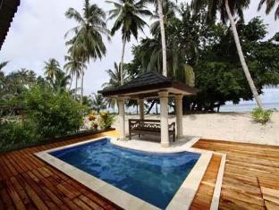 Foto HT's Resort, Pulau Mentawai, Indonesia