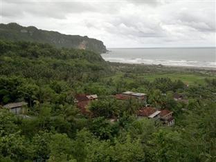 Adinda Beach Hotel Yogyakarta - View