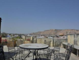 Rawla Mrignayani Palace Jaipur - Balcony/Terrace