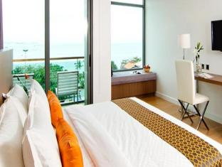 Seven Zea Chic Hotel Pattaya - Deluxe Sea View King Bed