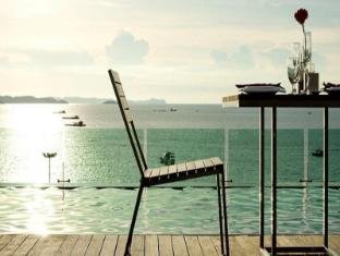 Seven Zea Chic Hotel Pattaya - Swimming Pool
