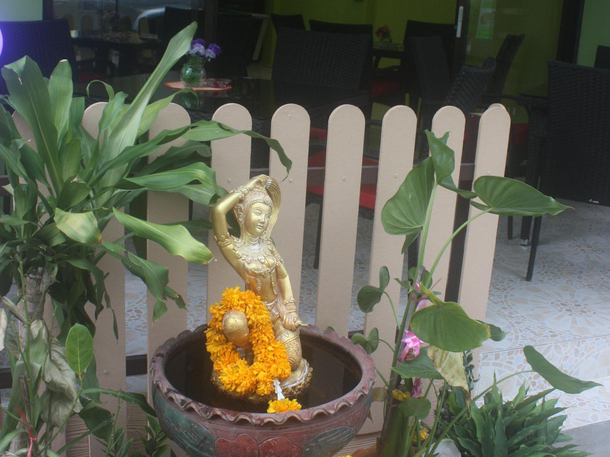 Hotell Bacione Bar   Room for Rent i , Pattaya. Klicka för att läsa mer och skicka bokningsförfrågan