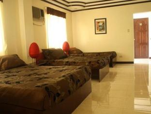 Philippines Hotel Accommodation Cheap | Family Room