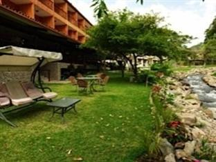 Hotel Valle del Rio - Hotels and Accommodation in Panama, Central America And Caribbean