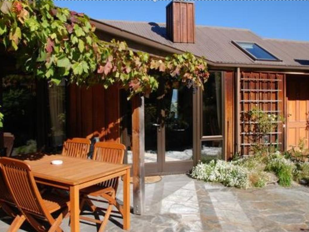 Larch Hill Bed & Breakfast / Homestay - Hotels and Accommodation in New Zealand, Pacific Ocean And Australia