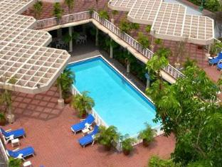Dhaka Intercontinental Hotel Dhaka - Swimming pool