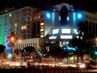 Dhaka Intercontinental Hotel Dhaka - Night View of Hotel