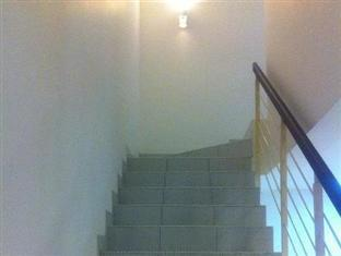 Homestay @ Setia Tropika Johor Bahru - Staircase