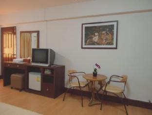 Chana Hotel Bangkok - Guest Room