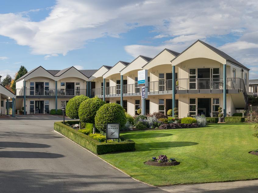 Radfords on the Lake - Hotels and Accommodation in New Zealand, Pacific Ocean And Australia