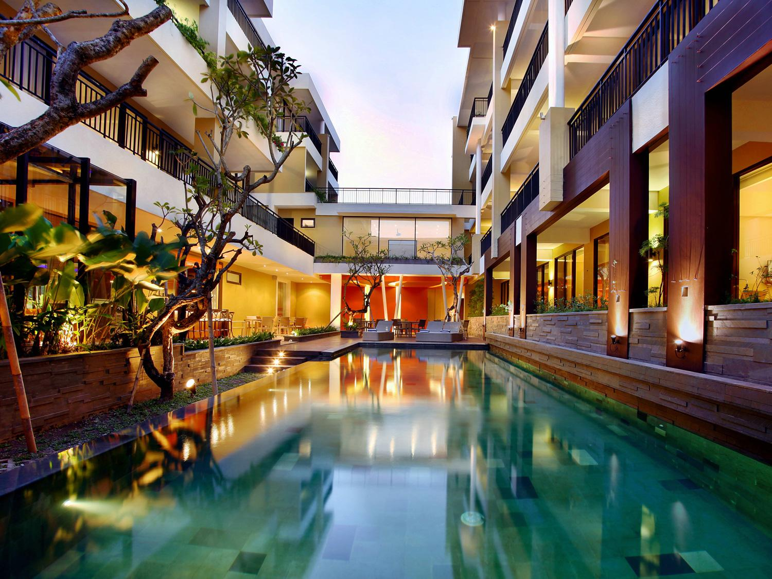 100 Sunset 2 Hotel - Managed by Aston Bali - Exterior