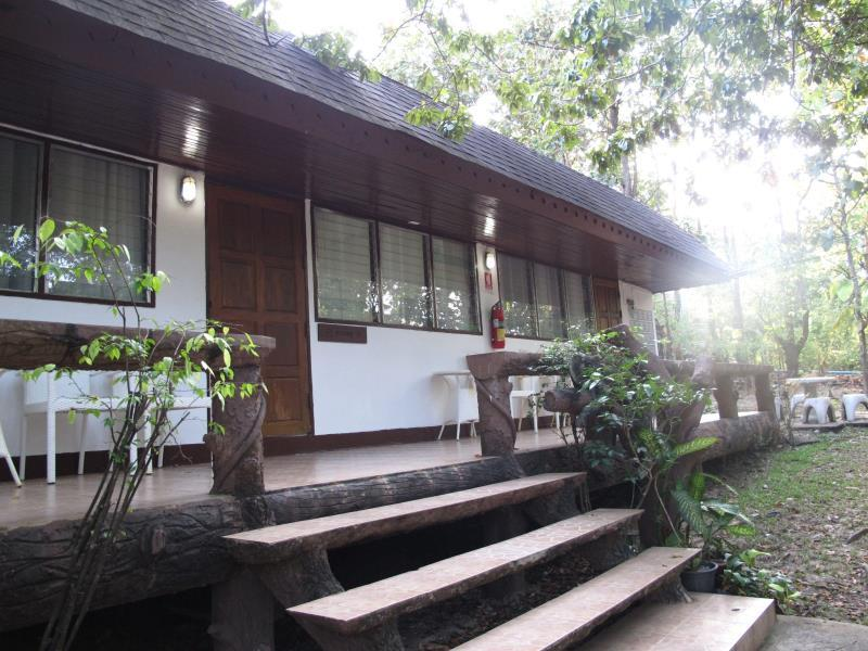 Chiang Mai Night Safari Resort - Hotels and Accommodation in Thailand, Asia