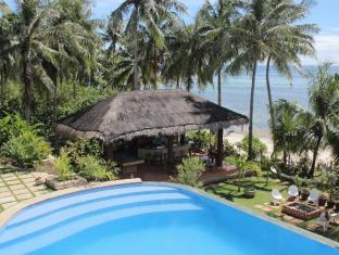 Island View Beachfront Resort Anda - Piscina