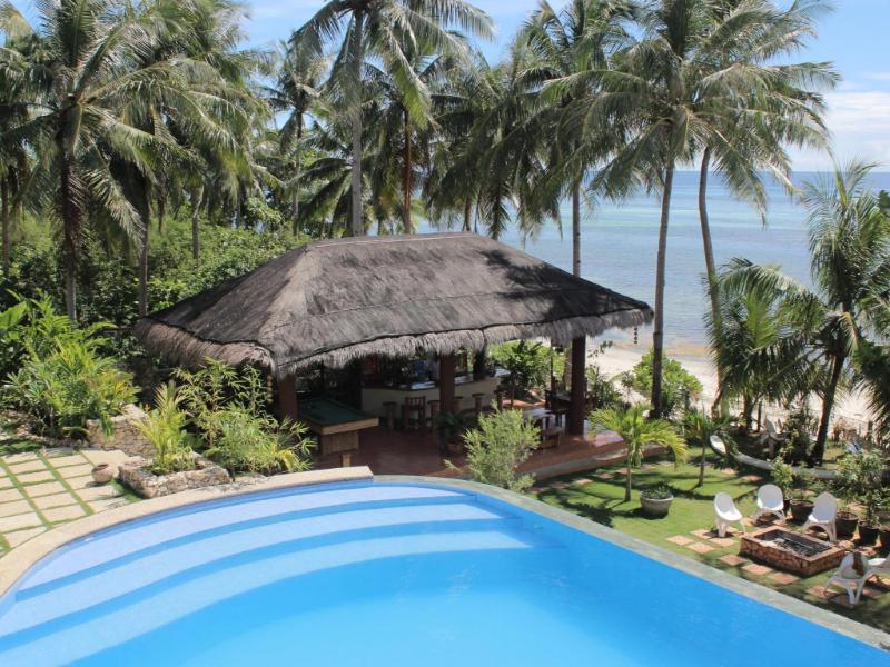 Island View Beachfront Resort1