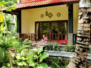 Bali Bhuana Beach Cottages באלי - גינה