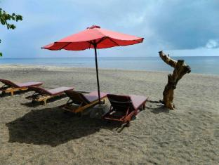 Bali Bhuana Beach Cottages Бали - Пляж