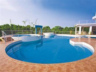 Nazimgarh Resorts Sylhet - 수영장