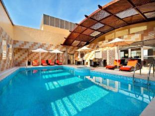 The Royal International Hotel Abu Dhabi Abu Dhabi - Swimming Pool