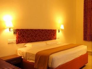 Mala Inn Chennai - Deluxe Room
