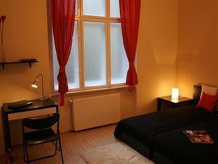 SOM Basilica Hostel Budapest - Double budget