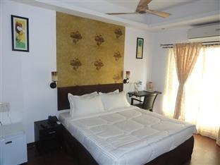 Dash Continental Hotel Vadodara - Executive Deluxe Room